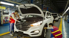 Automobile production in Hyundai Thanh Cong factory (Photo: VNA)