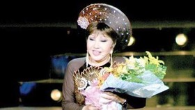 Cai luong veteran actress Hong Nga