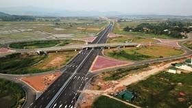 Work on Dau Giay-Lien Khuong expressway to start next year
