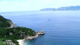 Untouched Binh Ba island in Khanh Hoa province (Photo: VNA)