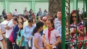 Hơn 4.000 thí sinh căng thẳng tranh suất vào lớp 6 Trường THPT chuyên Trần Đại Nghĩa