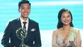 Văn Hậu trong đêm Gala trao giải QBV Việt Nam 2018. Ảnh: Đông Huyền