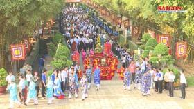 Lãnh đạo TPHCM dâng hương tưởng niệm các Vua Hùng