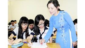 GS Phạm Thị Trân Châu: Lương tâm nhà giáo không cho phép nhận mức lương cao nhất?  