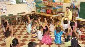 Ở vùng sâu, vùng xa đời sống giáo viên còn nhiều khó khăn