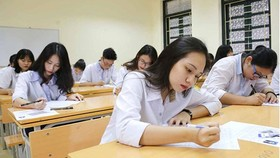 Các thí sinh tại kỳ thi THPT quốc gia 2018
