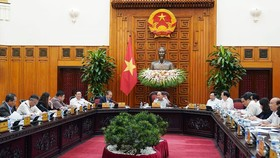 Thủ tướng chủ trì cuộc họp của Thường trực Chính phủ ngày 11-4