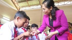 Lào đề nghị HĐND TPHCM chia sẻ kinh nghiệm phối hợp với chính quyền