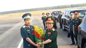 Đại tướng Ngô Xuân Lịch làm việc với ban quản lý Dự án xử lý dioxin tại sân bay Biên Hòa
