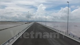 Tan Vu-Lach Huyen bridge, the country's longest cross-sea bridge, will be opened to traffic on National Day. (Photo: VNA)