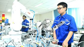 Vietnam needs urgent strategy for Industry 4.0