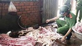 Increase in smuggled frozen poultry, pork in year-end