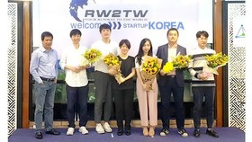 Vietnamese startups connect with peers in world