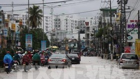 A flooded street in Nha Trang city of Khanh Hoa (Photo: VNA)