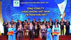 Vietnam Airlines receives the 2018 National Brand