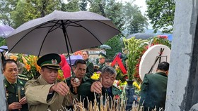 Hundreds of veterans commemorate martyrs in Po Hen Border Post