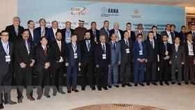 Leaders of OANA member news agencies took photo when attending 16th OANA General Assemby on November 18, 2016 in Baku (Source: VNA)