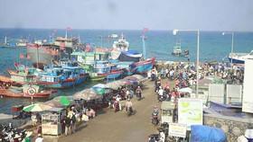 Hướng tới phát triển du lịch biển liên địa phương ở Miền Trung