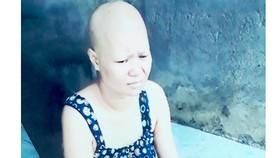 Chồng tai biến, vợ ung thư, gia đình kiệt quệ