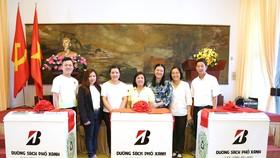 Bridgestone Việt Nam tặng TPHCM 50 thùng rác thông minh