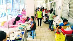Điều chỉnh giá dịch vụ y tế: Bất hợp lý về đối tượng hưởng lợi