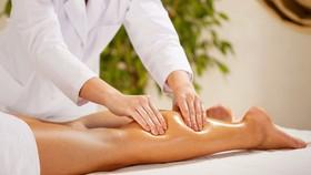 Cấm đưa lao động Việt Nam ra nước ngoài làm nghề massage