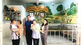 Công ty TNHH Nhà nước MTV Yến Sào Khánh Hòa thăm và trao quà cho các em có hoàn cảnh khó khăn