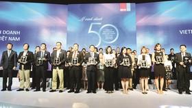 Công ty CP Tập đoàn Xây dựng Hòa Bình đứng 2 Tốp 50 Công ty kinh doanh hiệu quả nhất Việt Nam 2018
