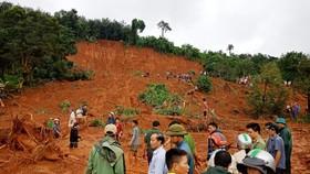 Sạt lở đất ở Đắk Nông, 3 người trong một gia đình bị chôn vùi