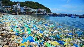 Giảm thiểu rác thải nhựa ngay từ trường học