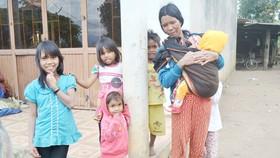 Nghèo vì cưới sớm, đông con