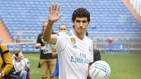Jesus Vallejo là sự bổ sung lý tưởng cho hàng thủ Real.
