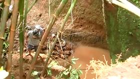 Tìm kiếm nữ sinh bị nước cuốn mất tích
