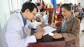 Hết lòng vì người nghèo, học sinh khó khăn miền cù lao đất mặn Tân Thạnh, Tiền Giang