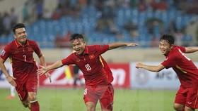 丁清忠為越南隊首開紀錄(中)。