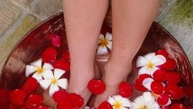 中醫認為,熱水泡腳有推動血運、溫煦臟腑、健身防病的養生功效。(示意圖源:互聯網)