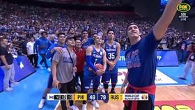 菲律賓球員自拍。