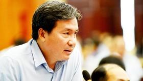 市工商廳副廳長阮方東在媒體發佈會上發言。