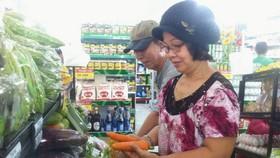 應多樣化零售渠道以便民眾購物。