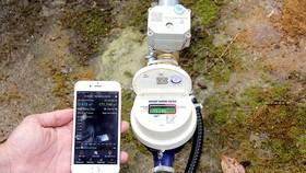 通過智能水錶和手機,用戶可以掌握用水情況。
