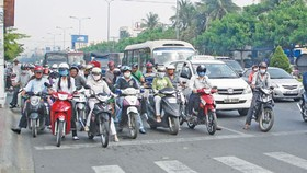 嚴正執行交規是每一名在街道流通者最基本的 意識,也是責任。