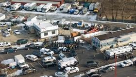 大量緊急車輛到現場應變。(圖源:AP)