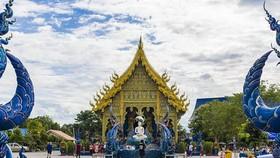 清萊藍廟一瞥。