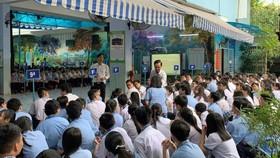 中小學生參加防範性侵座談會。