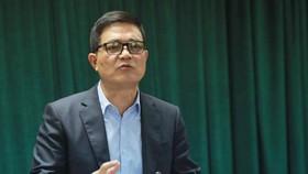 食品安全局局長阮清鋒在會議上發言。(圖源:嘉政)