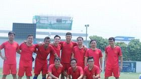 越南駐柬埔寨大使館球隊奪得冠軍。(圖源:互聯網)