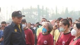 泰國總理巴育(左)前往清邁考察。(圖源:互聯網)