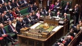 當地時間3日,英國倫敦,英議會表決通過脫歐延期法案,防止無協議脫歐。(圖源:AFP)