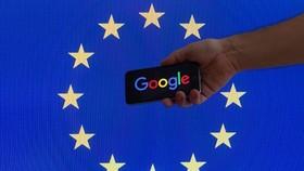根據歐盟批准的新規定,谷歌將必須向發佈方支付新聞片段費用,臉書等平台則需過濾掉受保護的內容。(示意圖源:互聯網)