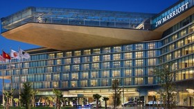 萬豪酒店擬 2020 年底共增 300 間新酒店。圖為越南河內萬豪酒店。(圖源:互聯網)